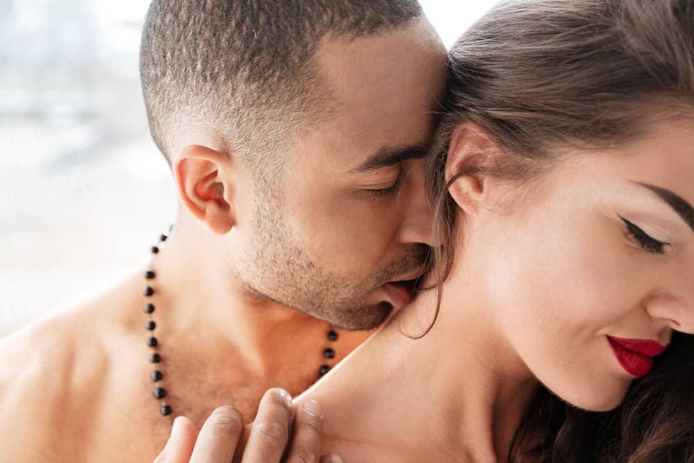 Kako ljubiti vrat