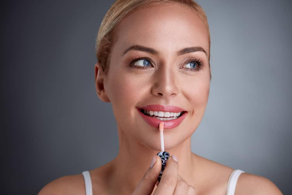 Kako napraviti sjajilo za usne